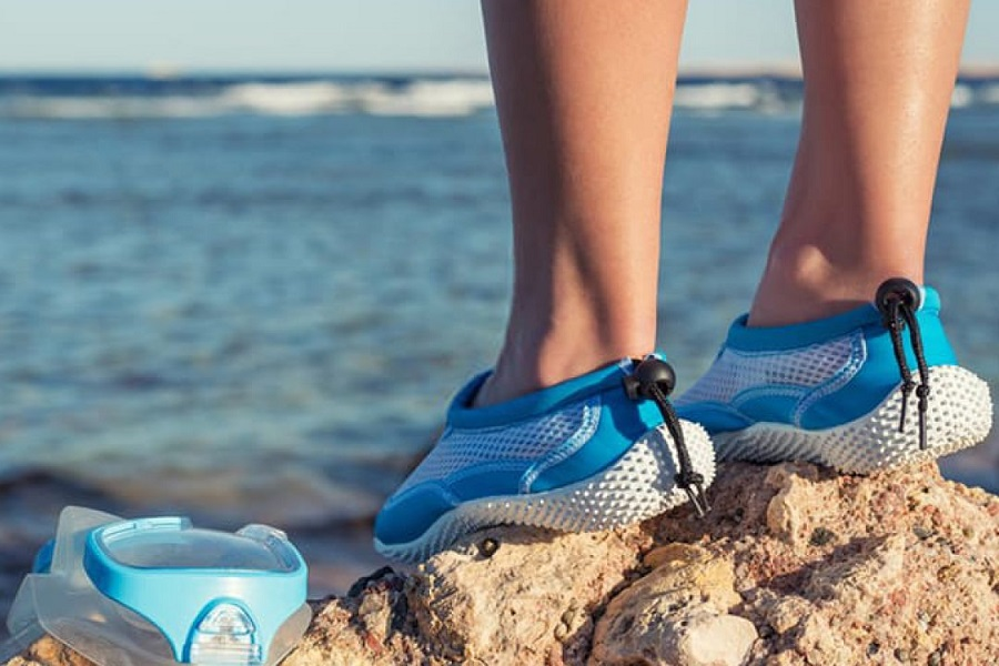 what are the best wate shoes for rocky beaches